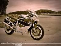 Motorpasión a dos ruedas: retroprueba Suzuki GSX-R750'90, la gran historia de Matchless y la KTM eléctrica