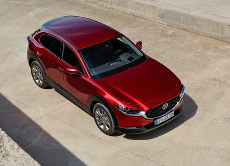 Mazda regalará el cambio de aceite al personal médico sin importar la marca de su auto