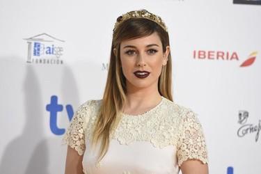 """Blanca Suárez patina de """"reina de las nieves"""" en los Premios Jose María Forqué 2015"""