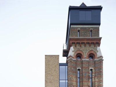 Casas poco convencionales: una torre de agua modernizada