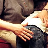 Los niños que han recibido castigos físicos en la infancia serían más propensos a ser violentos con su pareja