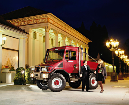 Cuánto más bestia, mejor: Mercedes-Benz Funmog, el enorme e industrial Unimog pensado para salir de marcha