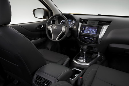 Nissan Terra 2019 4