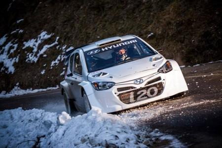 Los pilotos de Hyundai rebajan las expectativas sobre el i20 WRC