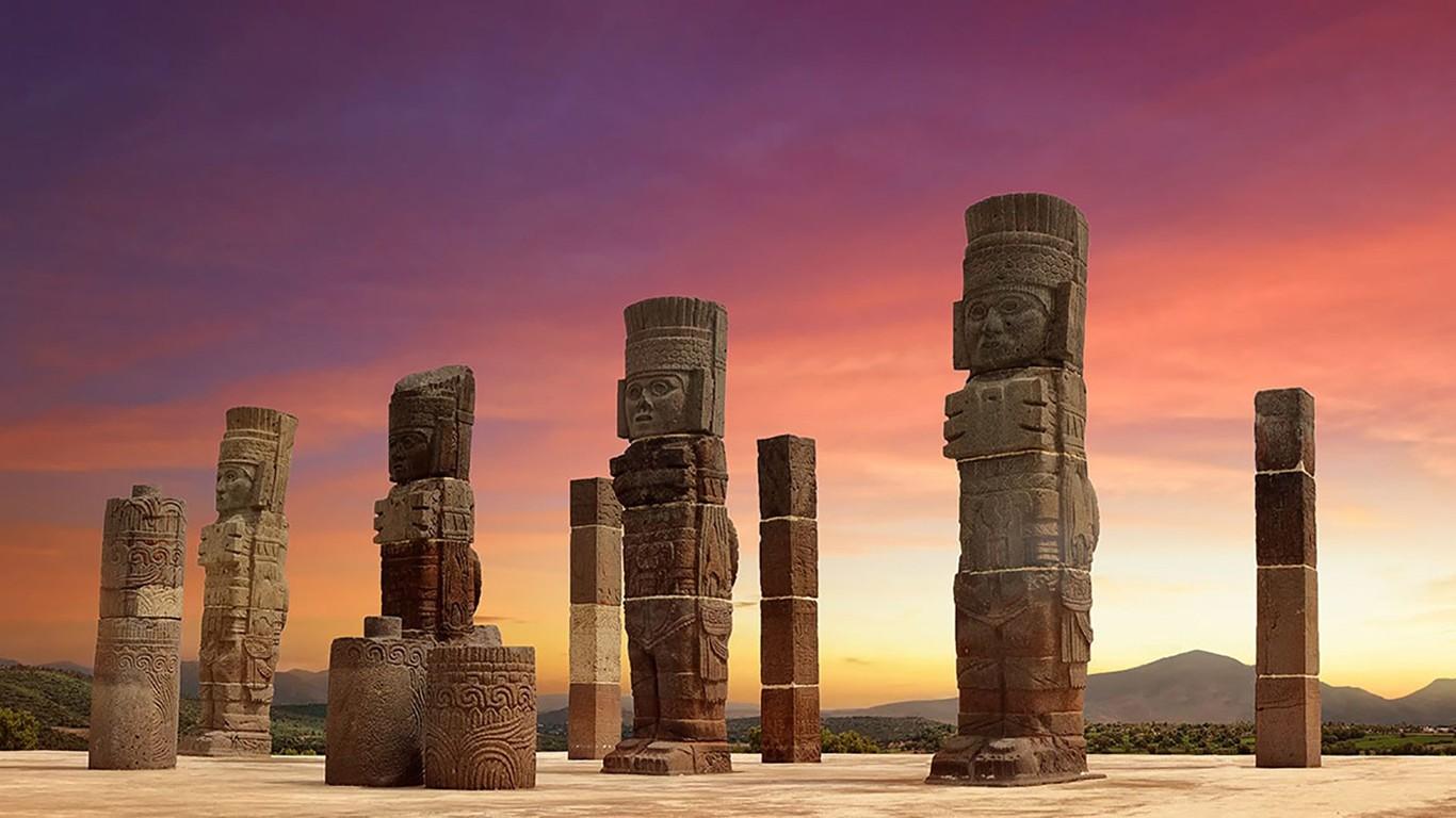 Dos Atlantes de Tula podrían ser reemplazados por réplicas para evitar daños en su color y relieve por la...