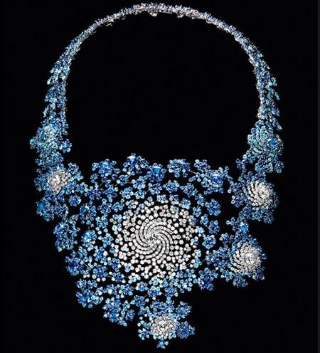 Collar Julia de Marc Newson para Boucheron, alta joyería matemática