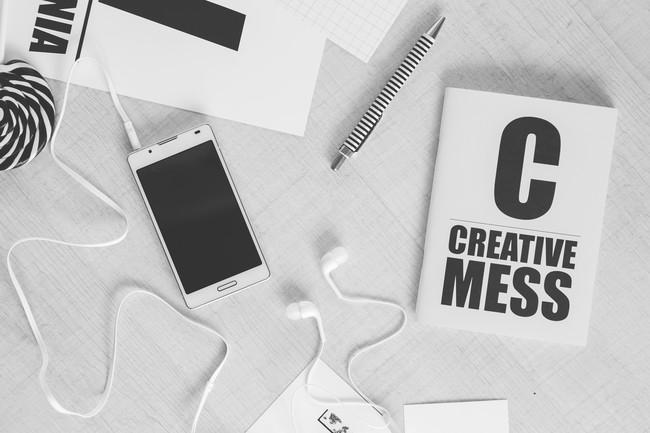 Creative Smartphone Notebook Typography