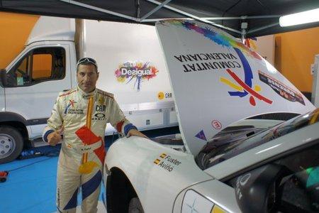 Miguel Fuster recupera el liderato en un Rally de Ourense loco