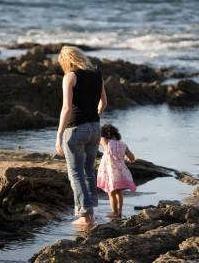 Las familias monoparentales tendrán las mismas ventajas que las familias numerosas en Cataluña