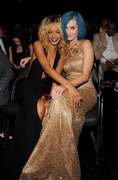 Rihanna quiere hacer de alcahueta para Katy Perry: ¡yo de ti saldría corriendo!