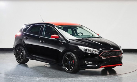 152 Ford2015 Focusredblack Black