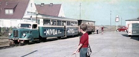 Borgward, el camión que tiró de un tren durante dos décadas en la isla de Sylt