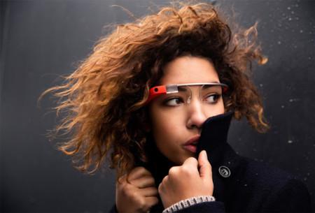 Los nuevos Google Glass están en camino, según el CEO de Luxottica