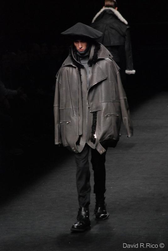Foto de 080 Barcelona Fashion 2011: segunda jornada con las propuestas para el Otoño-Invierno 2011/2012 (83/99)