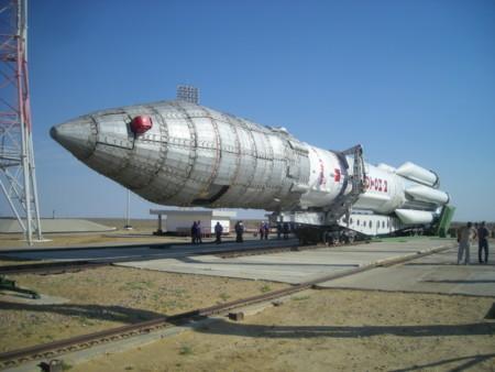 La SCT consideró cancelar el lanzamiento de Centenario debido a los fracasos de ILS con el cohete Proton-M