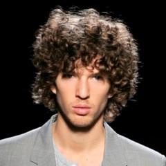 Foto 20 de 20 de la galería cortes-de-pelo-para-la-primavera-2012-los-pienados-de-pasarela-i en Trendencias Hombre