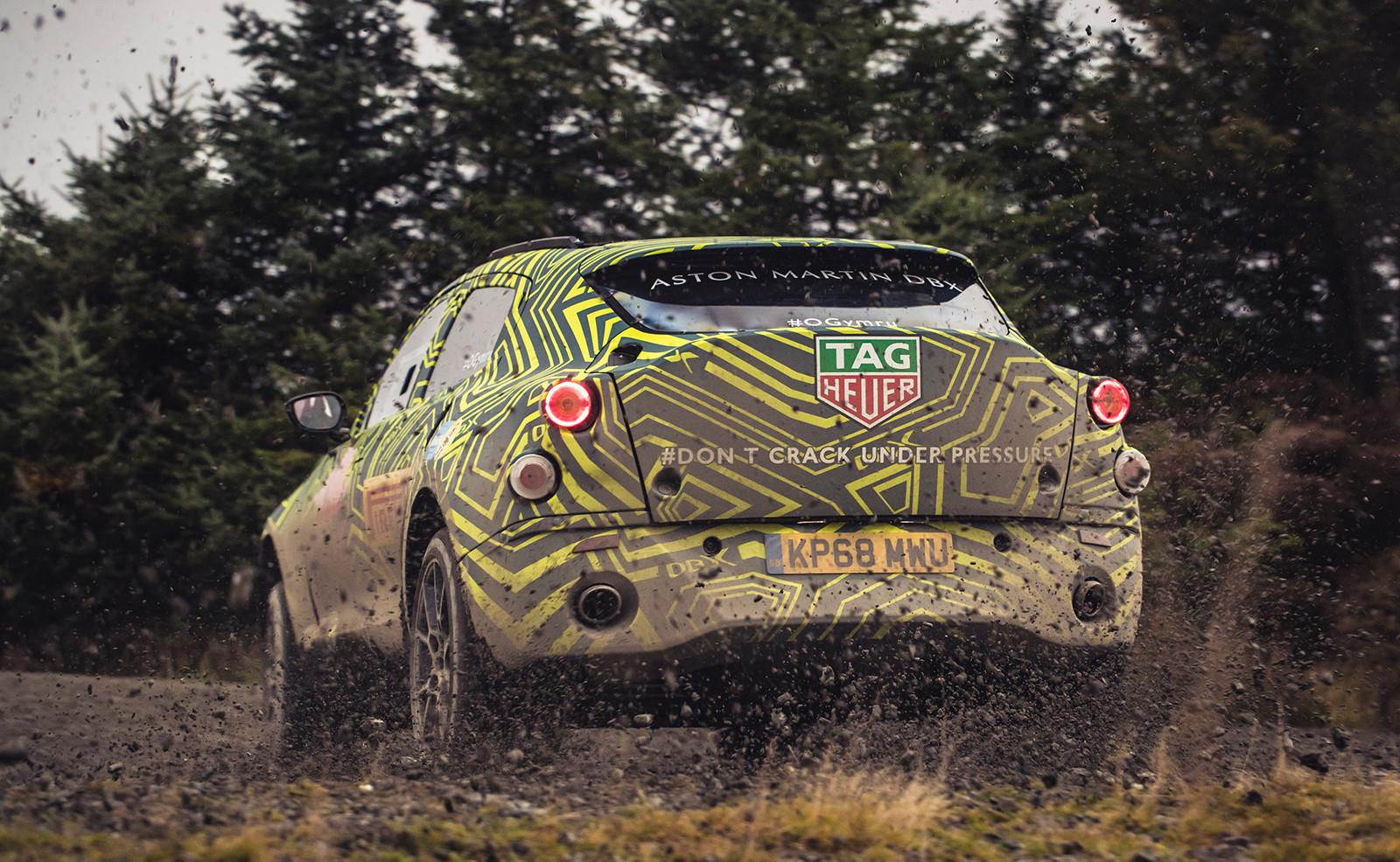 Foto de Aston Martin DBX, primeras imágenes (11/13)