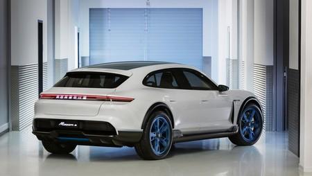 Porsche Mission E Cross Turismo: el increíble SUV eléctrico que quiere lanzarse a la yugular del Tesla Model X
