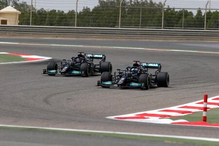 Bottas Hamilton Sakhir F1 2021