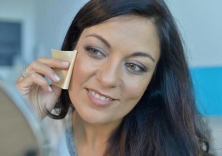 Mai Couture revoluciona el concepto del maquillaje con sus higiénicas toallitas