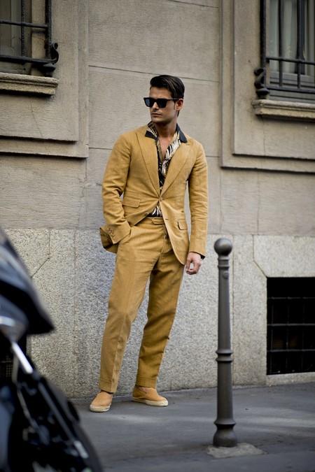 El mejor streetstyle de la semana: así se llevan los trajes en verano