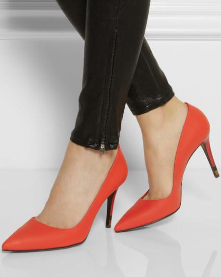 Misión especial secreta: en busca del zapato rojo de fiesta