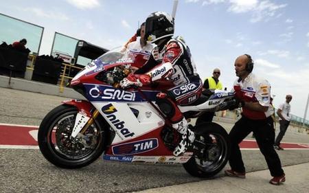 Superbike Aragón 2012: Carlos Checa a por la victoria de nuevo