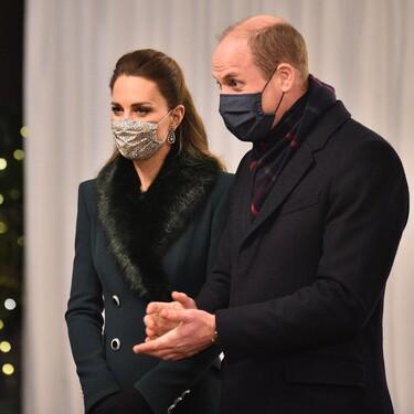 Kate Middleton continua con su particular desfile de abrigos, la prenda clave del invierno