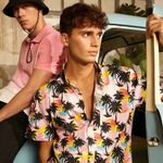 Si tu mente ya está puesta en una playa tropical, estas camisas hawaianas te acercarán al verano más auténtico