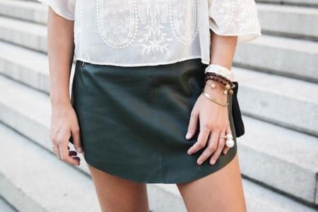 Tendencias low-cost Otoño-Invierno 2014/2015: que no falte una falda de piel en tu armario