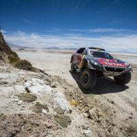 Peterhansel gana, Sainz remonta, y el Dakar se pone al rojo vivo