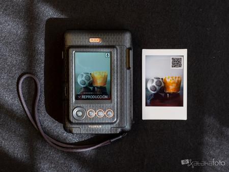 Fujifilm Instax Liplay 4305