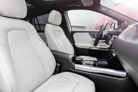 Mercedes Benz Eqa 12