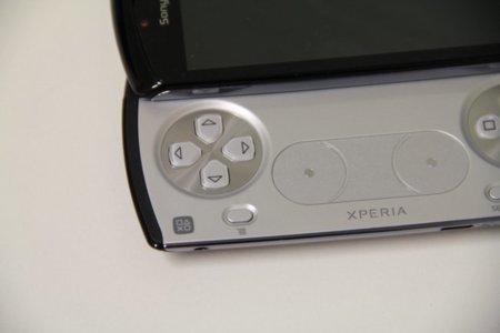 xperia-play-pad.jpg