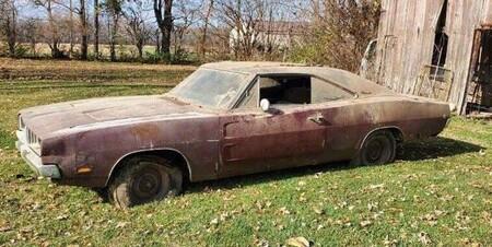 Un muy especial Dodge Charger de 1968 fue encontrado después de vivir abandonado por décadas