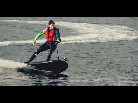 Una tabla para surfear aunque no haya olas