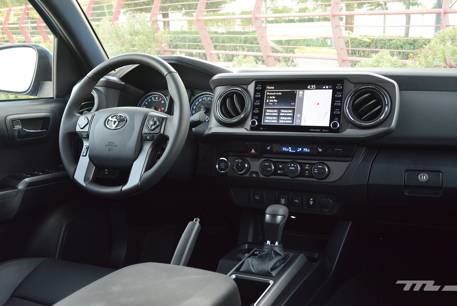 Foto de Toyota Tacoma 2020 (prueba) (19/29)