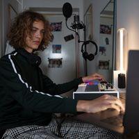 Soundtrap for Storytellers, la herramienta de creación de podcasts de Spotify ya es capaz de transcribir en español