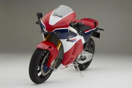 Una de rumores, Honda puede tener casi lista una V4 deportiva para calle