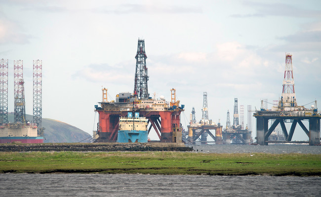 La burbuja del petróleo es real, va a estallar y se puede llevar a la economía mundial por delante