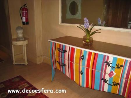 Consola multicolor Hotel Sacristía Decoesfera