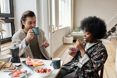 Adelantar nuestros horarios de comida nos ayudaría a cuidar nuestro peso e impacta positivamente en el metabolismo