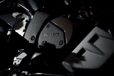 Suzuki V Strom 1000 2020 Teaser 1