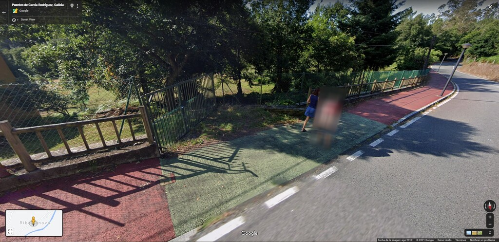 Cuando un 'calvo' se hace viral en Google Maps: la historia del culo gallego que Google subió sin pixelar