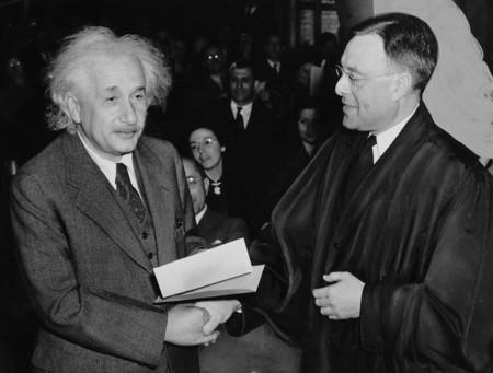 Albert Einstein 62931 960 720