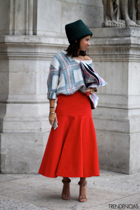 Street Style Semana de la Moda de París: Los cuadros de Stella McCartney son los protagonistas
