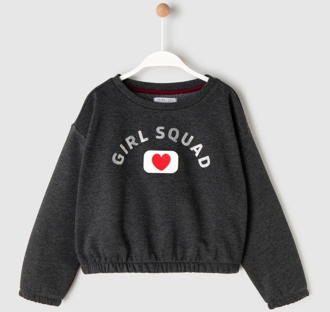 Sudadera de niña en gris con print