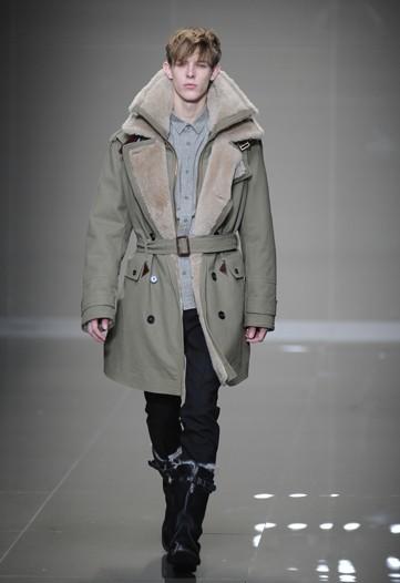 Foto de Burberry Prorsum, Otoño-Invierno 2010/2011 en la Semana de la Moda de Milán (6/16)