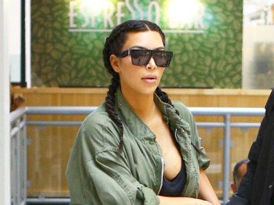 Kim Kardashian se decanta por el sexy negro mientras que a su hija le combina estampados animales