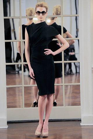 Foto de Victoria Beckham, Otoño-Invierno 2010/2011 en la Semana de la Moda de Nueva York (11/14)